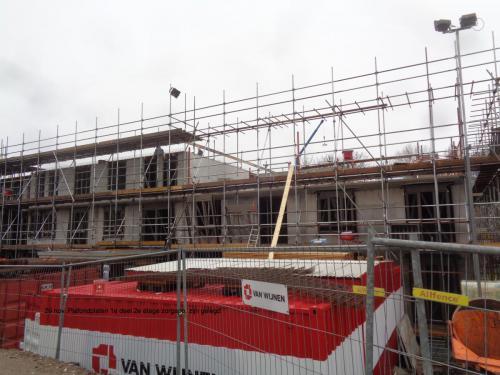 29 november 2018: plafondplaten 1e deel 2e etage zorgappartementen zijn gelegd
