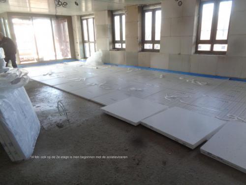 14 februari 2019: 2e etage wordt ook voorzien van isolatievloeren