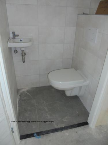 23 mei 2019: sanitair in de meeste appartementen