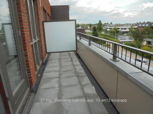 27 mei 2019: afwerking balkons koopappartementen 12 en 13